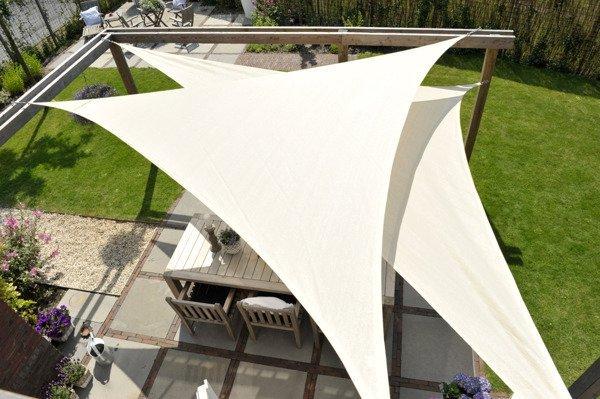 Żagiel przeciwsłoneczny COOLFIT trójkąt 90 4,0 x 4,0 x 5,7 m - Złamana biel
